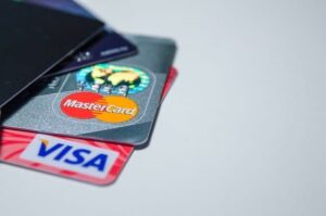 Fizess bankkártyával: gyors, ingyenes és teljesen biztonságos